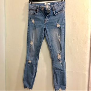 Forever 21 Distressed Skinny Jeans (Mid-rise)